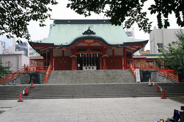 hanazono-jinja-shrine-shinjuku